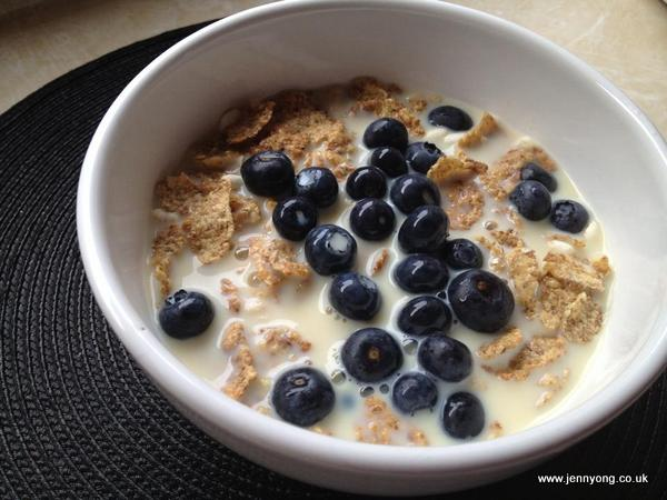 blueberries cereal