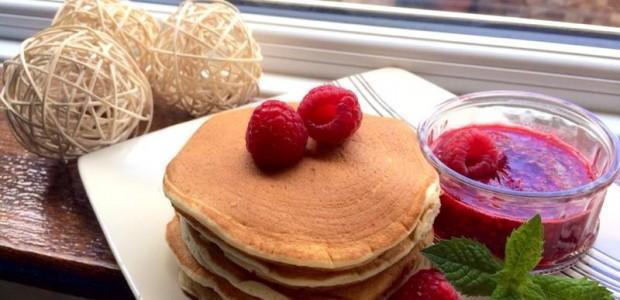 自家制作松饼Pancake 及覆盆子果酱 Raspberry Jam