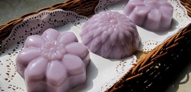 紫薯芋泥燕菜月饼