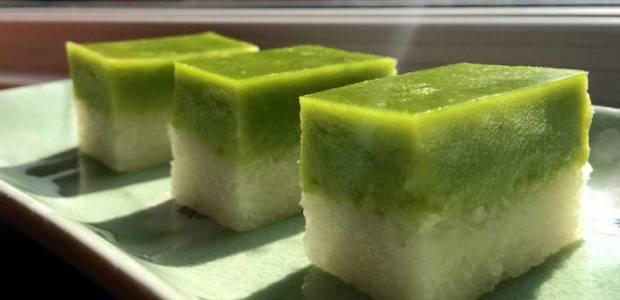 Nyonya Kuih- Kuih Seri Muka 香兰糯米糕